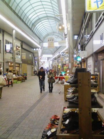 神戸元町商店街・西側