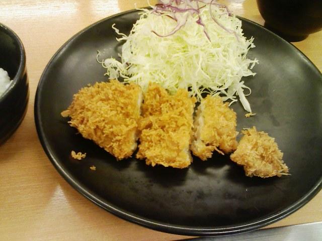 チキン亭・特製チキンカツ定食